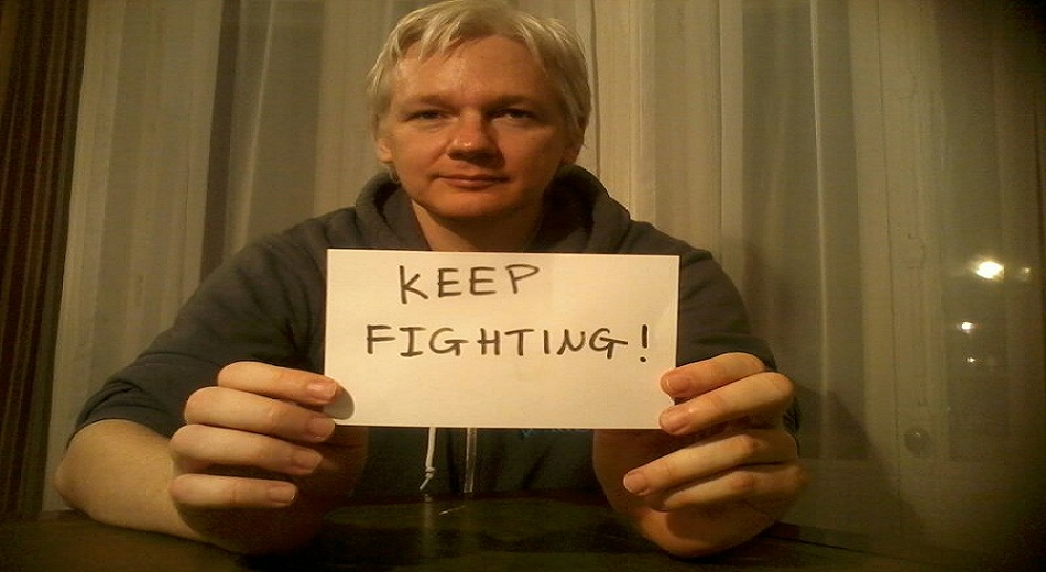 Julian Assange keep-fighting-cropped1