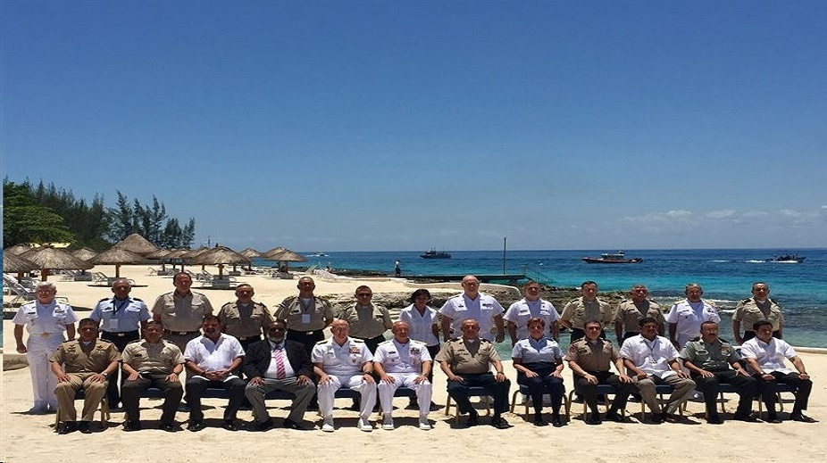 Central America Security Conference participants pose for a group photo on the first day of the two-day forum in Cozumel, Mexico, April 24, 2017. Topics of discussion include ways to increase regional cooperation and confront transnational threats. DoD photo by Lisa Ferdinando